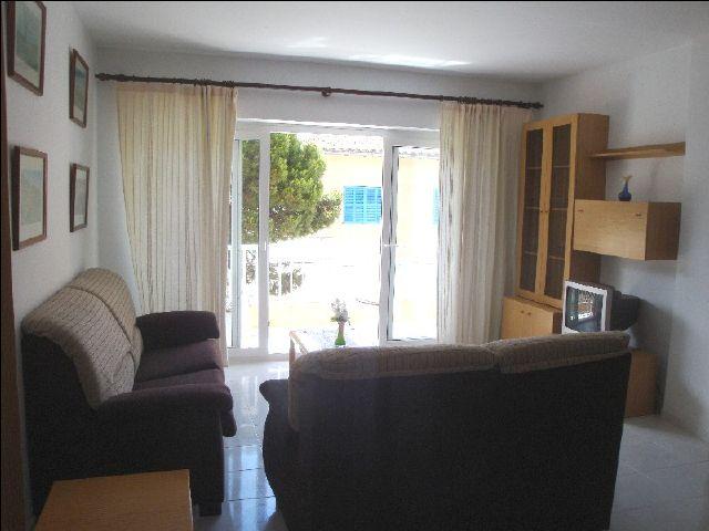 Mallorca cala ratjada ferienwohnung 771 in zentraler lage - Wohn und esszimmer auf 20 qm ...